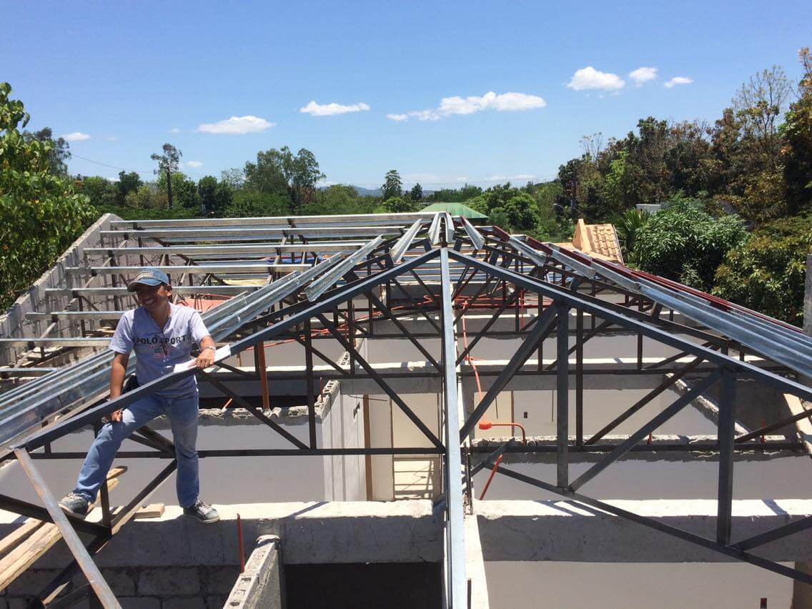 How Much Does Roof Installers Cost In 2018 Alpha Steel