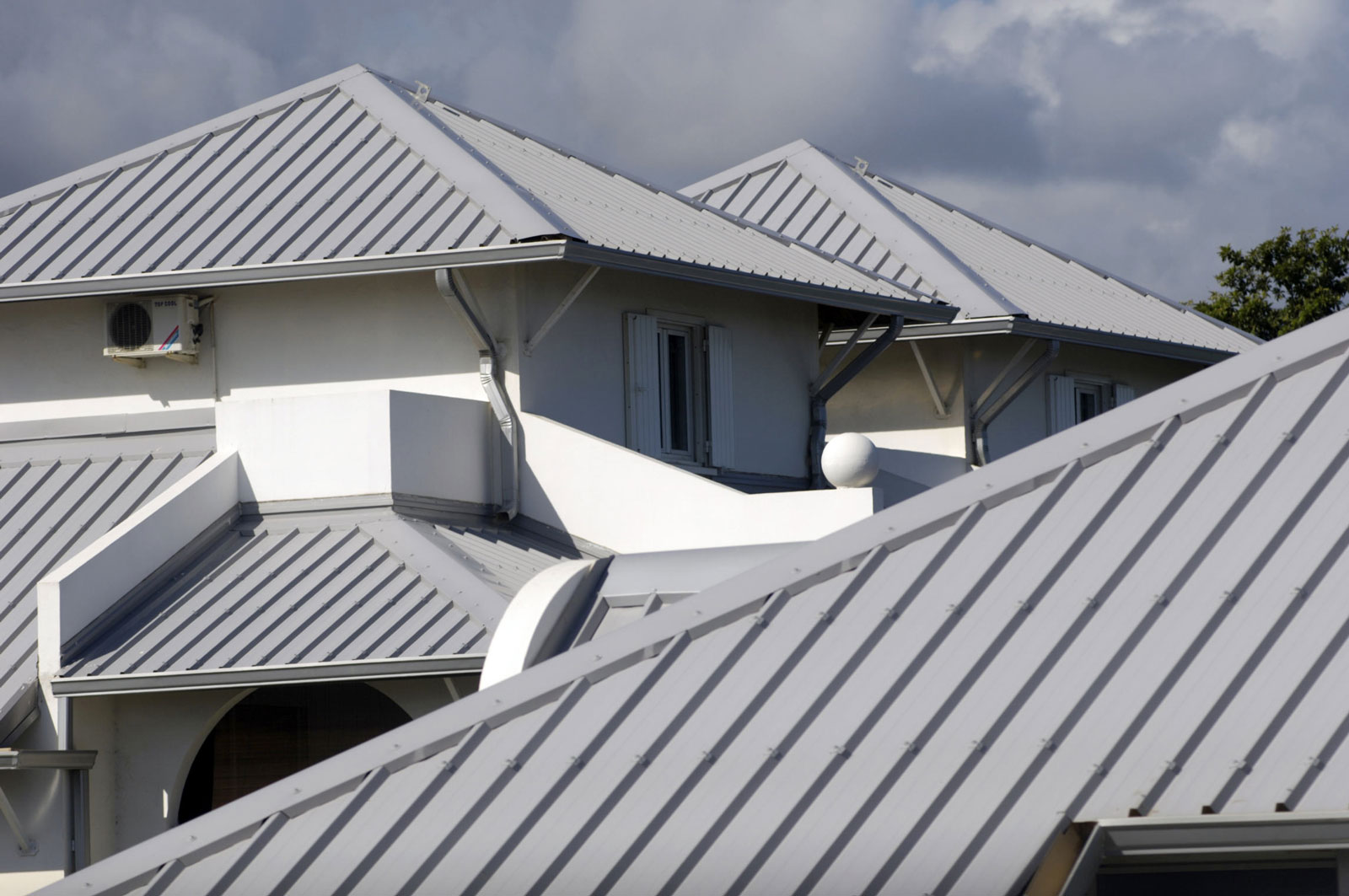 Roofing Materials – A Basic Guide on Roofing Requirements in the Philippines